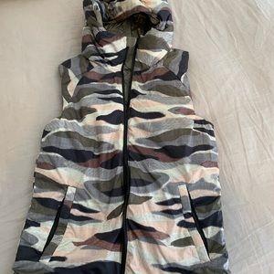 Lululemon reversible hooded down vest